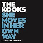 The Kooks She Moves In Her Own Way (Live/Single)