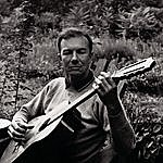 Pete Seeger Pete Seeger: A Link In The Chain
