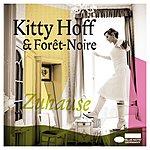 Kitty Hoff Zuhause