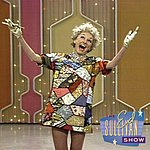 Phyllis Diller Stand-Up About Her Looks, Etc. (Performed Live On The Ed Sullivan Show/1969)