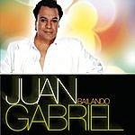 Juan Gabriel Bailando