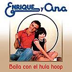 Enrique Baila Con El Hula-Hop
