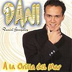 Dani A La Orilla Del Mar